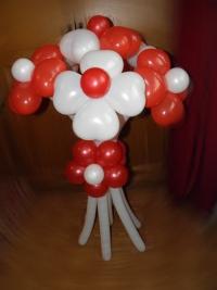 """Фигура из шаров """"Букетик цветов"""""""