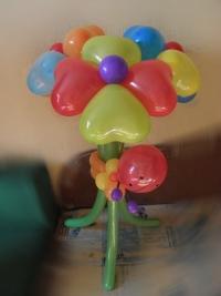 """Фигура из шаров """"Разноцветный букет"""""""
