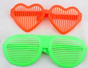 Гигантские очки, 24см х10 см